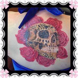 Skull_Roses_Tattoo_Shahki_Knott